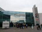 Haupteingang zum Theater